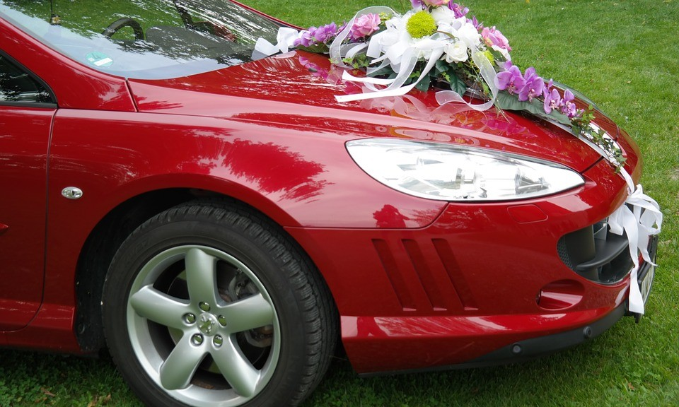 Mistakes Not to Make While Hiring Wedding Transportation